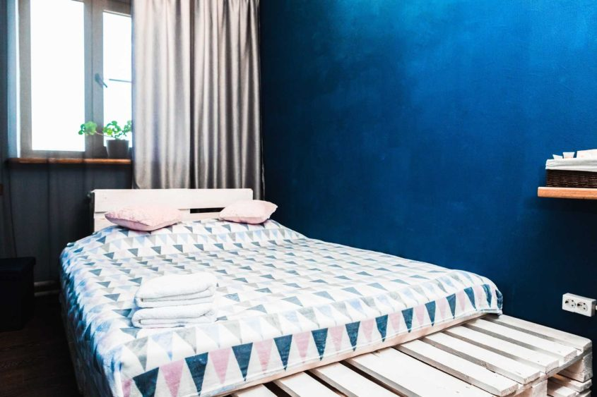 2х местный номер с двуспальной кроватью в хостеле фото 1